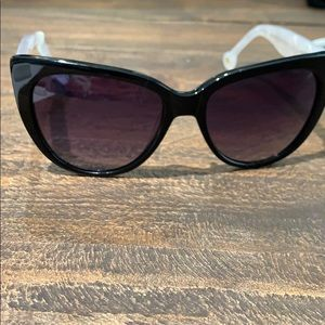 NEW Anthropologie ett:twa Black/White Sunglasses